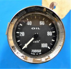 Tudor Oil Pressure Gauge 52mm A/R